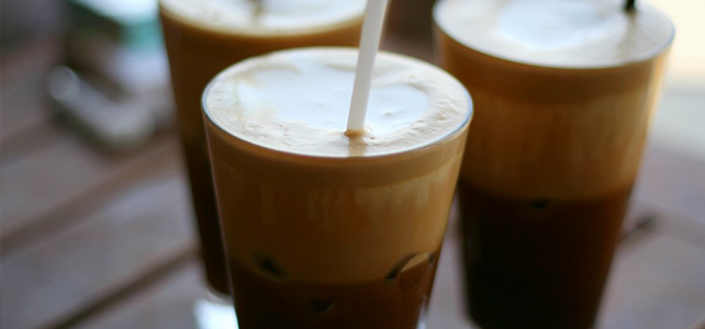 What Is a Frappe? Differences Between Frappe and Frappuccino